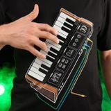 Elektronische Klavier - spielen T-Shirt