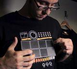 Elektronischen Drum-T-Shirt mit Schlagzeug